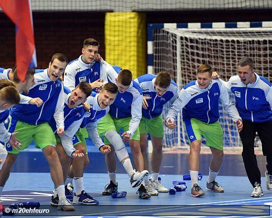 slovenie_team_m20ehfeuro.jpg