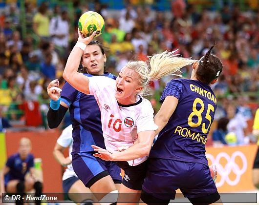 Sports JO 2016 -HANDBALL FEMMES Quart_pres_norvege_oftedal