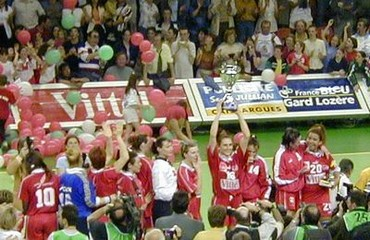 Le Handball Féminin Français en rêvait, Nimes l'a fait.